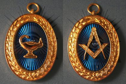 masonic-officers-jewels-medals-canada.jpg